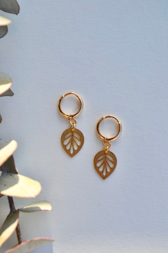 Noemie - gold plated leaf tiny dainty earring