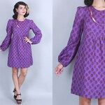 1970s 'INDIA IMPORTS' Dress | Vintage 70s Purple Printed Cotton Mini Dress with Cut Out Neckline & BIRD Embroidery | xs/s