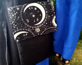 Belt Pouch in Black Linen with White Moon and Stars Pattern