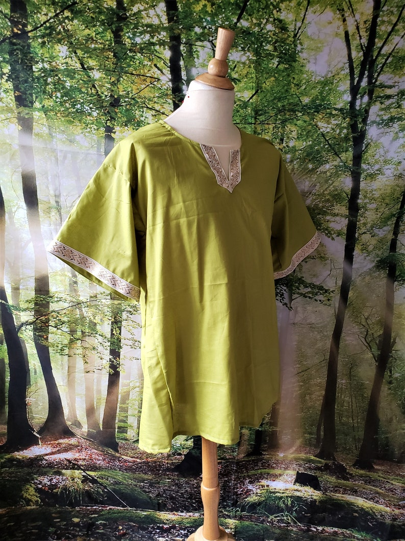 L Classic Tunic in Olive Green Cotton with White and Gold Leaf image 0
