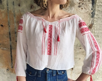 Romanian Dream 1930s White Red Embroidered Cropped Peasant Blouse XS