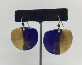 1980s/1990s Royal Blue & Metallic Gold Ceramic Dangling Earrings
