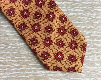 Vintage 1960s Necktie ~ Skinny Tie ~ Gold & Red, Arnel Triacetate