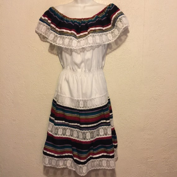 Vintage Mexican Peasant Dress Size 12 White/Lace/B