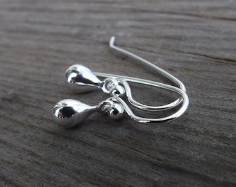 Simple Drop Earrings, Teardrop Earrings, Small Earring, Minimal Earrings, Teardrop, Metal Earrings, Modern Jewelry, Minimalist, Everyday