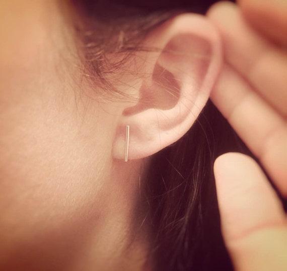 Minimalist Line Earrings,Bar Earrings,Silver Bar Earrings,T Earrings,Line Earrings,Tiny Bar Earrings,Modern Chic,Dash Studs,Simple Earrings