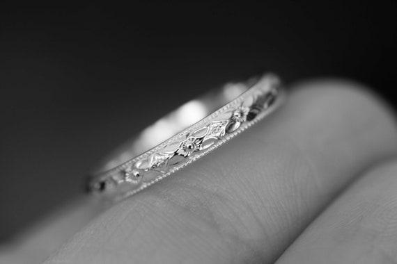 Sterling Silver Flower Ring, Sterling Silver Floral Ring, Sterling Silver Floral Band, Silver Floral Ring, Simple Floral Ring,Floral Jewelry