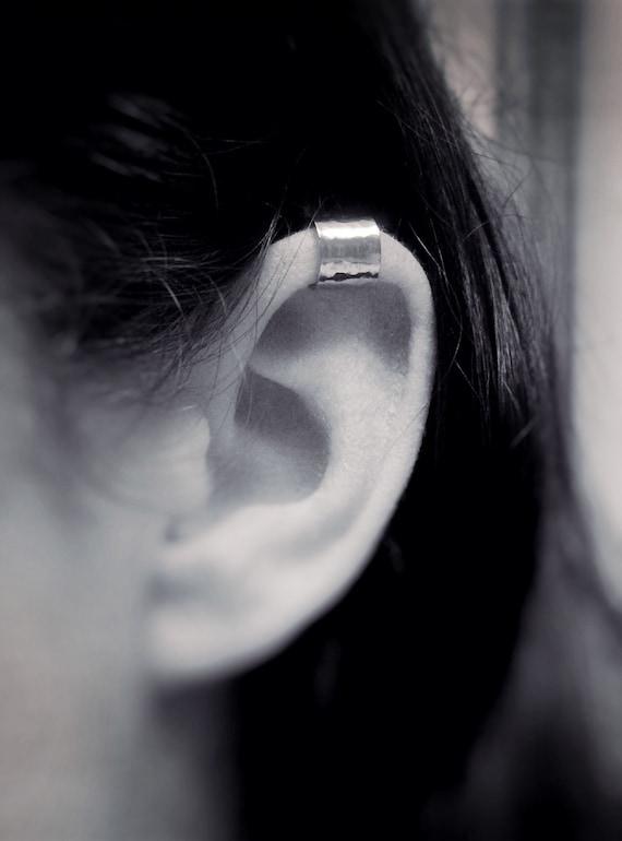 Simple Hammered Ear Cuff, Hammered Ear Cuff, Everyday Ear Cuff, Ear Cuff, Customizable Ear Cuff Earring, Hammered Cuff, Slim Cuff, Gift