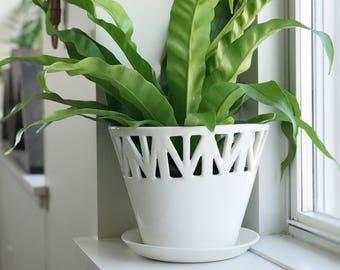 White Table Top Planter - Medium