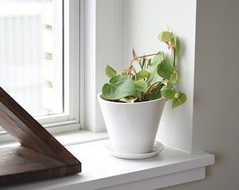 White Minimal Planter - Small