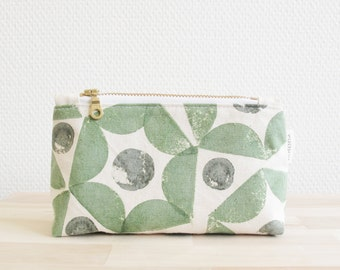 Green geometric pattern hand printed triangular zip pouch, hexagon triangle, natural cotton fabric, cosmetic pouch, make-up bag gift for her