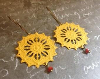 Boho Scroll Filigree Earrings - Mustard Yellow