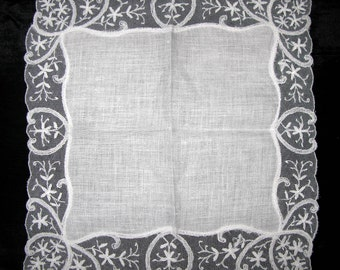 White Linen Lawn Lace Handkerchief, Wedding Vintage Lace Something Old