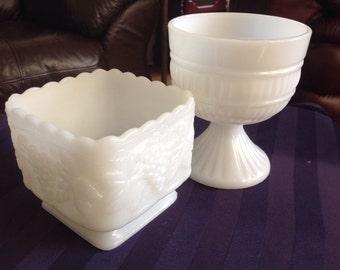 2 Milk glass vases