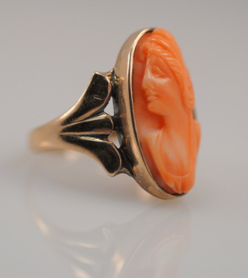 Wonderful Vintage Antique Geometric Art Deco Carved Coral Cameo Ring 10K Gold Mom Sister Wife Gift Great Gatsby Hand Italian Karat Bridal