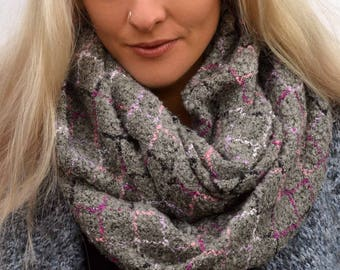 Grey cosy scarf, chunky scarves, infinity scarf, blanket scarf, cowl scarf, womens scarves, christmas scarf, girlfriend gifts