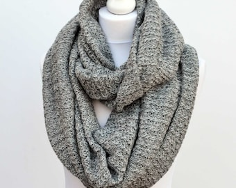 Grey blanket scarf, chunky scarves, gift for her, girlfriend gift, infinity scarf, cowl scarf, chunky scarf, womens scarves, oversized scarf