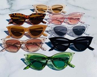 Retro Triangle Cat Eye Sunglasses   Cateye Sunglasses   Retro Sunglasses   Pointed Cateye Sunglasses   Lola