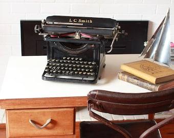 LC Smith Corona Typewriter 8 PICK UP Sydney
