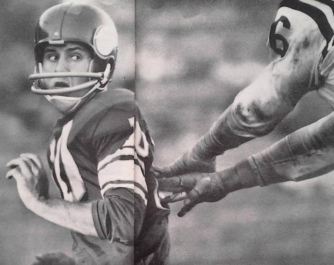 MN Vikings 1961 Pro Football NFL BW Pics QBs sacked Tarkenton Minnesota Vikings Roman Gabriel Rams Action Brutal 13x10 Ready to Frame