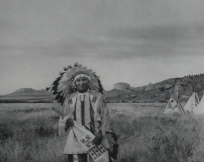 American Indian Photo Spread 56' Holiday Mag; Navajo, Flathead, Apache, & Cheyenne in Natural Settings BW/Color Spreads 7 pps Ready Frame