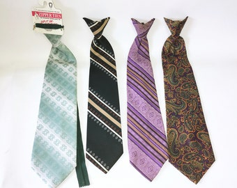 1a9f7f1c9bdb Lot of 4 1970s Vintage Clip on Ties Men's Disco Era Wide Polyester Clip-on  Necktie Lot #7