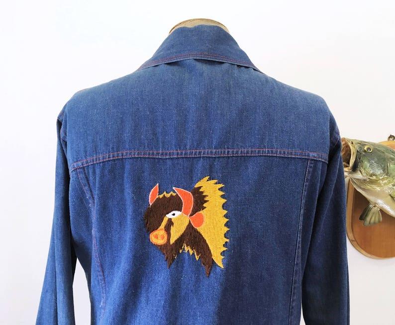 fd5380bcf96646 1970s Men s Vintage Western Style Embroidered Dark Blue