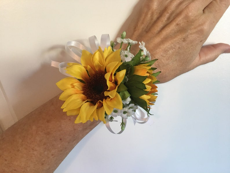 chose color ribbon tulle sunflower wrist corsage white ivory navy peach blue red yellow green brown orange black teal pink burgundy