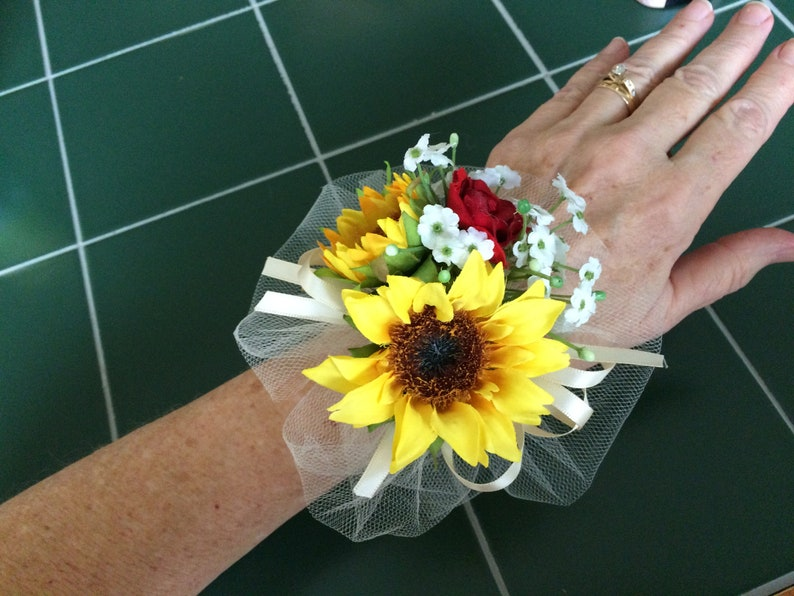 sunflower bud rosebud corsage boutonniere with baby/'s breath wrapped in twine and bow white ivory red purple turquoise yellow orange coral