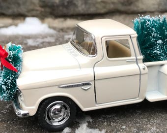 vintage white pickup truck white truck christmas tree farmhouse christmas decorfarmhouse truck treevintage truck decor little red truck - Farmhouse Christmas