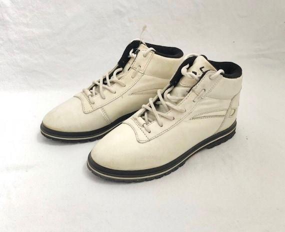 Vintage LA gear street hiking sneaker