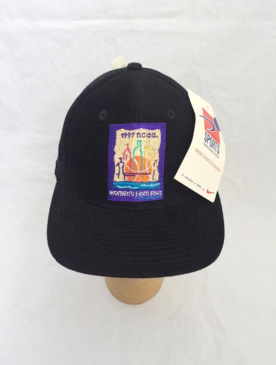 vintage women's 1997 final four sports specialtie… - image 1
