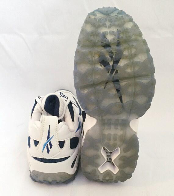 Women's Reebok Sneakers Mantra Size 5.5 Deadstock - image 3