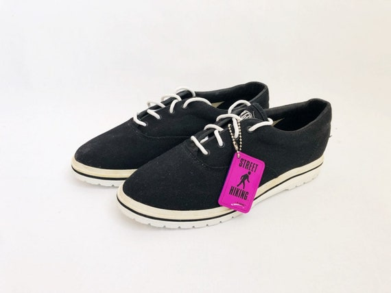 Vintage LA Gear City Heights Canvas Sneakers Shoes