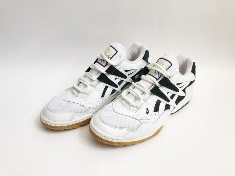 8cded2222a57 Vintage asics cut shot II lo volleyball shoes women s size
