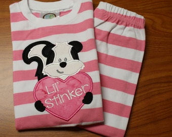 Lil Stinker Pajama Set with Skunk and Heart size 2T for Girls