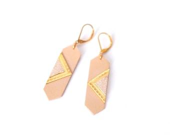 Leather powder pendant earrings geometric shape dots + triangle - LOUVRE
