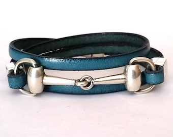leather bracelet,  snaffle bit bracelet, wrap bracelet, equestrian jewelry, Bit bracelet, leather, horse bracelet, horse jewelry, christmas