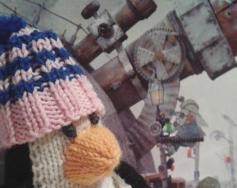 PENGUIN Plush Toy Hand Knit