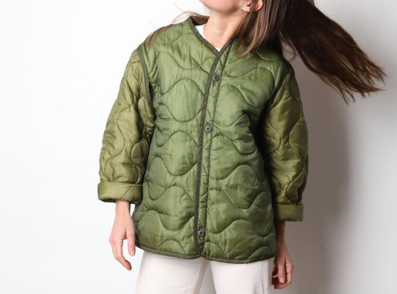 vintage 1990s QUILTED green jacket army liner over
