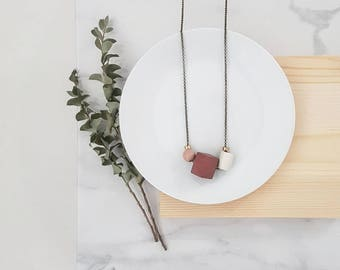 Isla Necklace    Geometric trio     Deep rose & Ivory