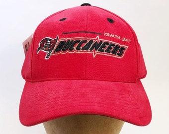 vintage tampa bay buccaneers snapback hat logo athletic adult OSFA deadstock  NWT 90s 85a5708ec