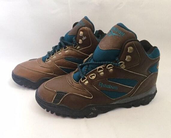 Vintage reebok telos clean hi boots