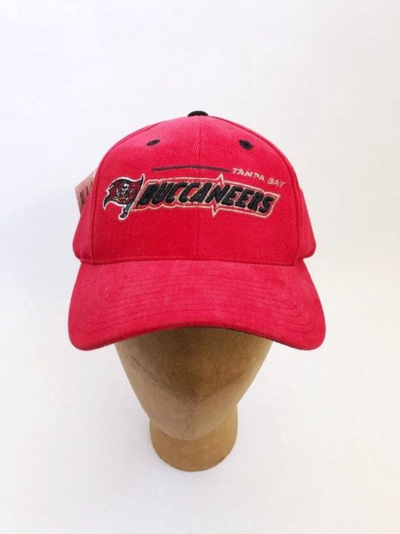 vintage tampa bay buccaneers snapback hat logo athletic adult OSFA  deadstock NWT 90s 836377f1c0c