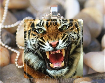 FIERCE TIGER Roaring Big Cat Animal Glass Tile Pendant Necklace Keyring