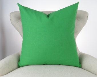 Green throw pillow  bf10b8cad9d5