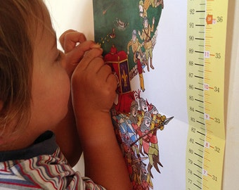 Growth Chart for Growing Giants, suitable for recording the whole families height