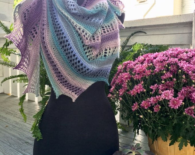 Wildflower Shawlette, Knitted Shawl/Scarf