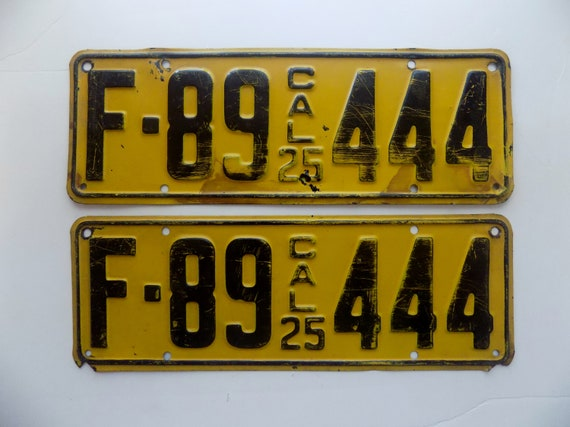 Old License Plates * Rare 1925 Official California Yellow and Black  Passenger Car Automobile License Plate Set * U S A  * Roaring Twenties
