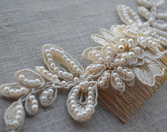 Bridal Hair Comb, Flower Hair Comb, Bridal Headpiece ,Pearl Hair Comb, Hair Accessories, Bridal Hair Vine, Ivory Lace Headpiece, Boho